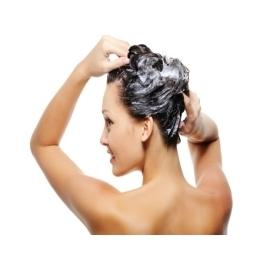 Slenkantiems plaukams